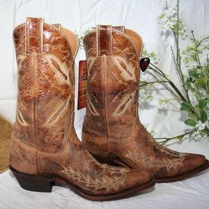 Justin Distressed Tan Puma Cowboy Boots